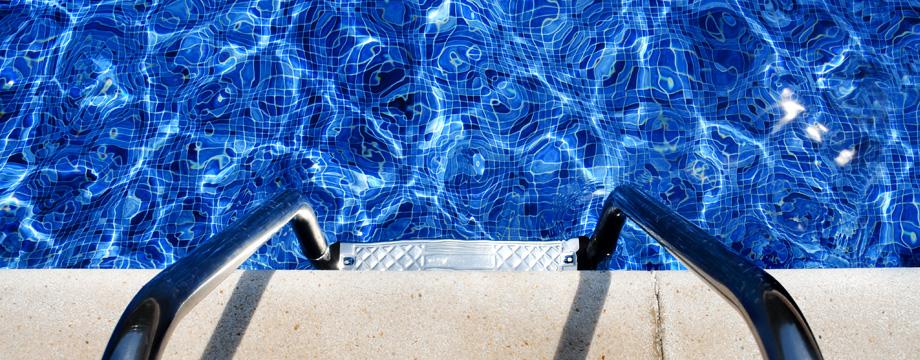 Produits chimiques pour piscine jf piscines for Acide muriatique piscine
